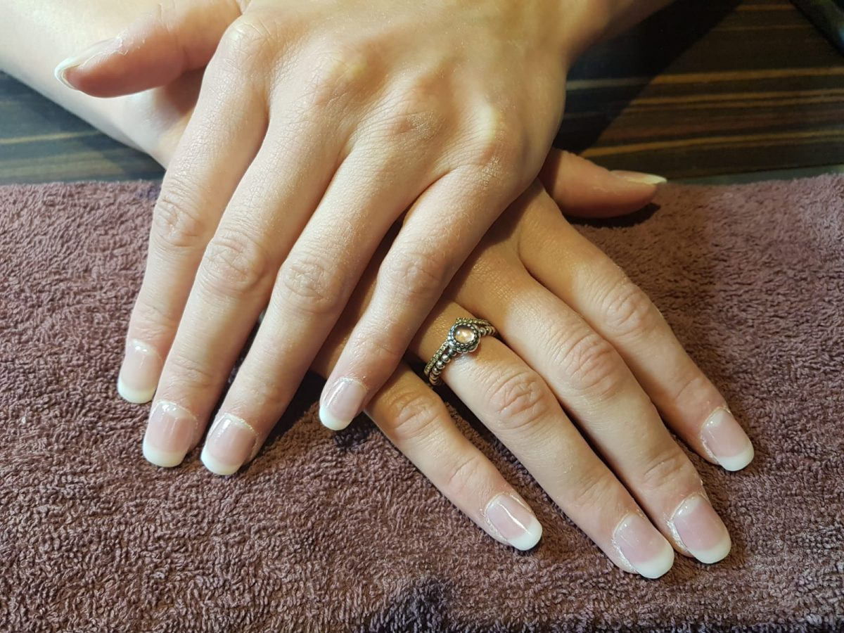 French Axxium Nails